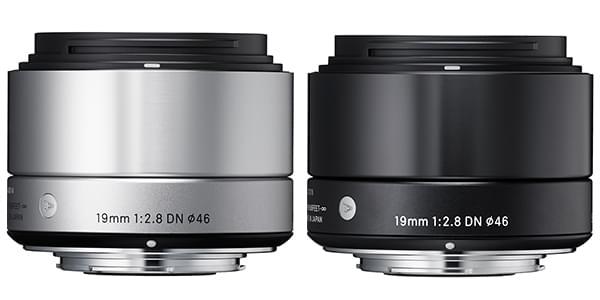 Le nouveau 19mm F2.8 DN dans ses finitions noir et argent